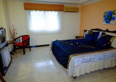 Deluxe Double room (12)-min (Custom)